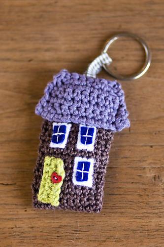 Schoenstrickende Schlüsselanhänger Haus Häkeln
