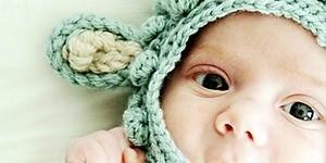 Schoenstrickende Raupe Nimmersatt Babyoutfit Stricken