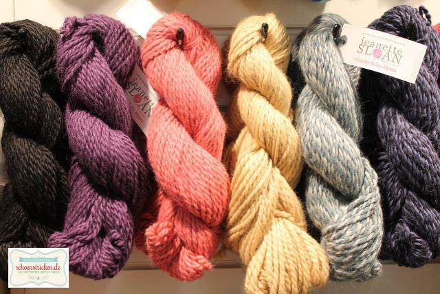 Handgefärbte Wolle - schoenstricken.de