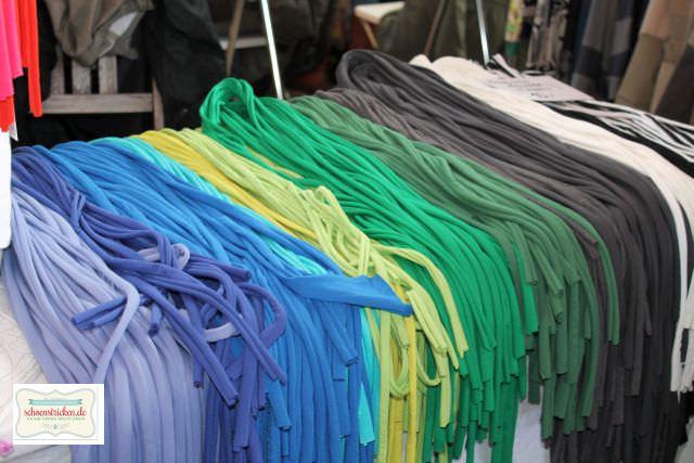 Schal aus T-Shirtgarn - schoenstricken.de