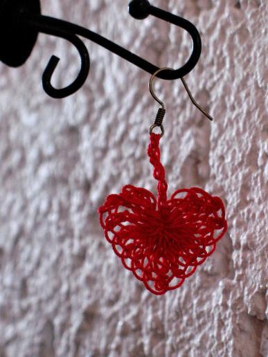 Herzen häkeln - schoenstricken.de