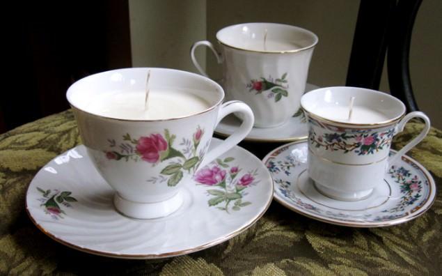 Upcycling: Teetassen als Kerze - schoenstricken.de