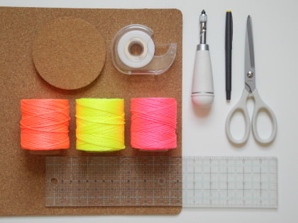 DIY Tischsets aus Kork basteln - schoenstricken.de