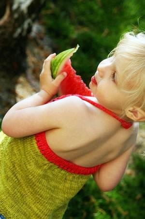 Strickanleitung für Wassermelonen Kindertop stricken - schoenstricken.de
