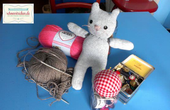 schoenstricken.de | Sockentiere basteln: Eine Sockenkatze