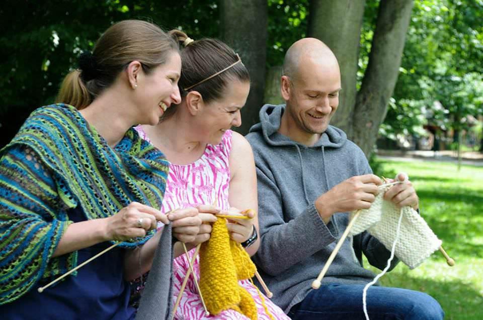 Online Wolle kaufen - schoenstricken.de