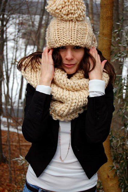 schoenstricken.de | Mütze und Loop aus dicker Wolle stricken