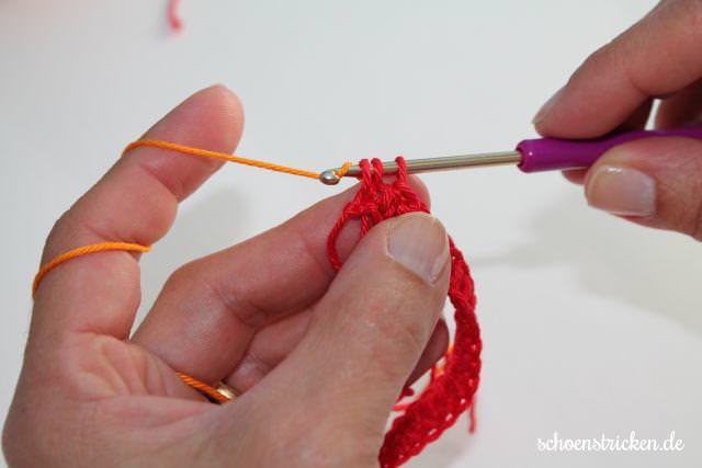 Babydecke Häkelanleitung Reihe 1-10 Crochet Along - schoenstricken.de