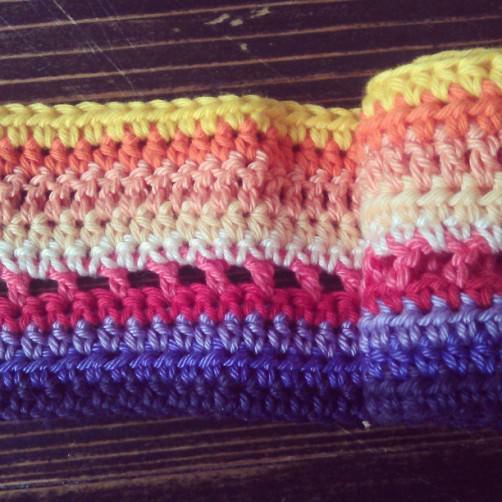 Crochet Alomg 1. Teil Eva - schoenstricken.de