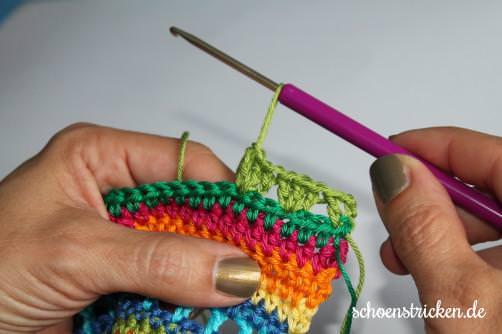Regenbogen Babydecke Crochet Along Reihe 10-20 - schoenstricken.de