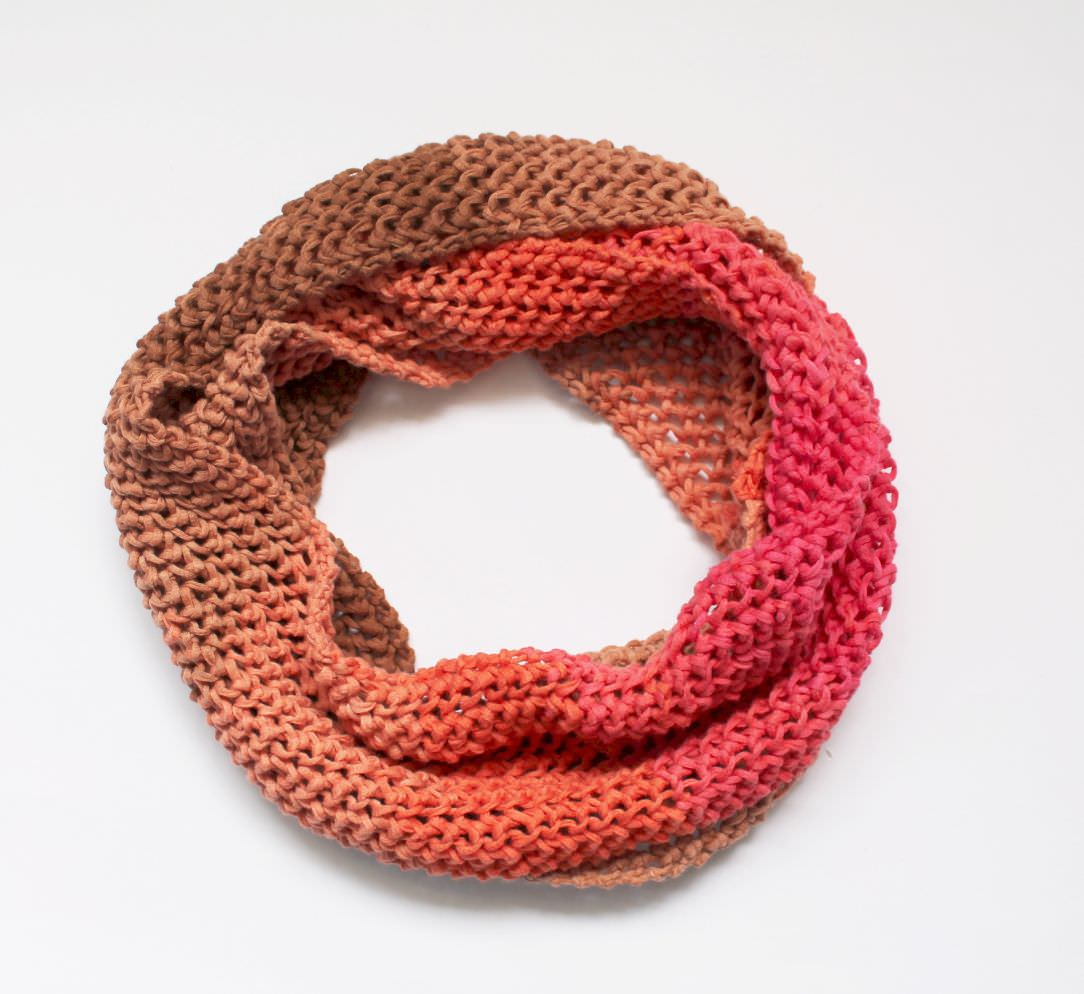 Contemporary Loop Schal Strickmuster Vignette - Decke Stricken ...