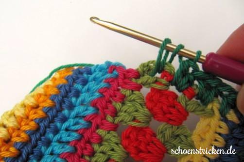 Crochet Along Babydecke Umrandung grün - schoenstricken.de