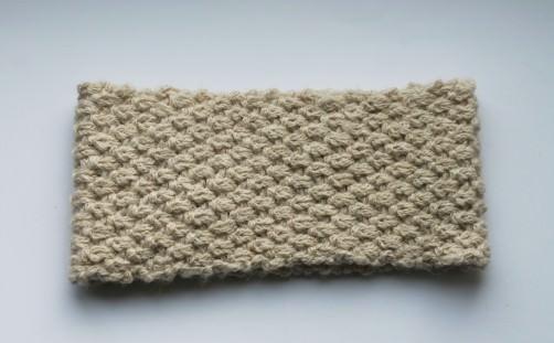 Strickideen aus einem Wollknäuel: Stirnband aus der Wolle Friedrichshain - schoenstricken.de