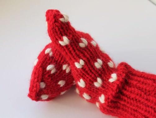 Handschuhe mit Herzen stricken 1 - schoenstricken.de