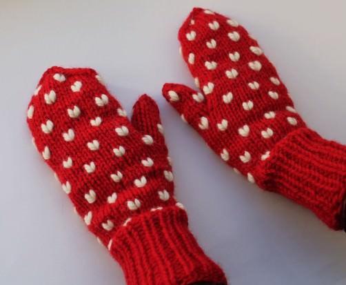 Handschuhe mit Herzen stricken 5 - schoenstricken.de