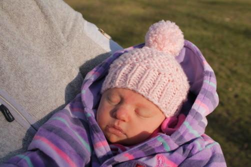 Einfache Babypudelmütze stricken - schoenstricken.de