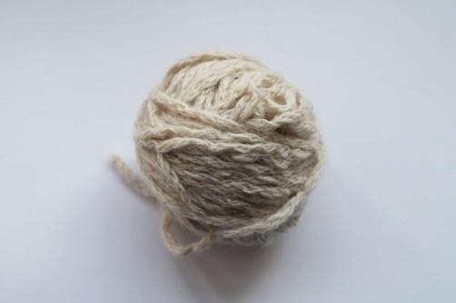 Aufgräufelte Wolle glätten 1 - schoenstricken.de