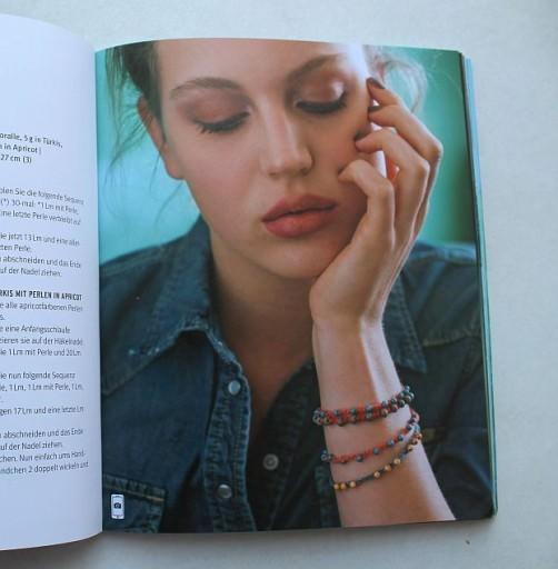 Armbänder mit Perlen häkeln schoenstricken.de