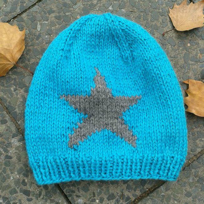 Mütze mit Stern stricken Strickkit schoenstricken.de