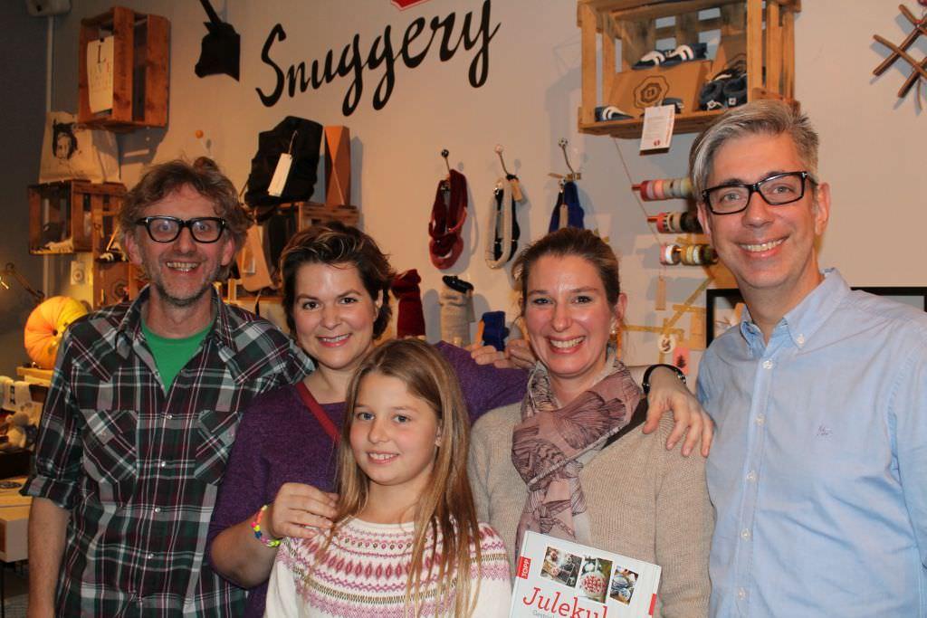 Arne und Carlos mit Jessica und Katrin von schoenstricken.de