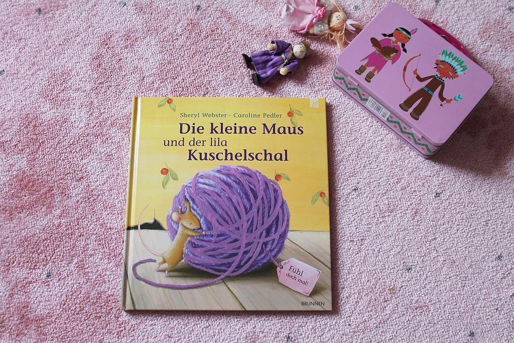 Die kleine Maus und der lila Schal Kinderbuch schoenstricken.de