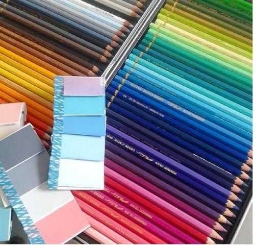 Streifenwolle Farbdesign schoenstricken.de
