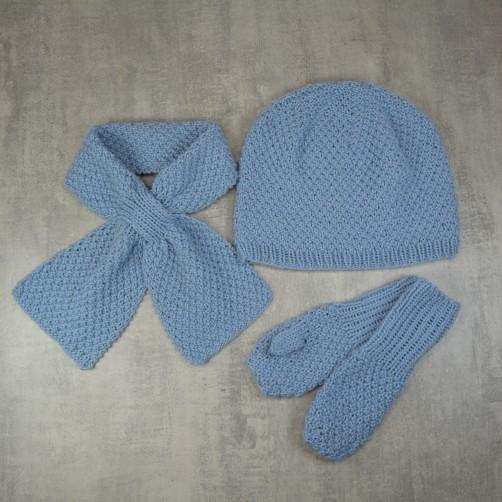 Babymütze, Schal und Fäustlinge
