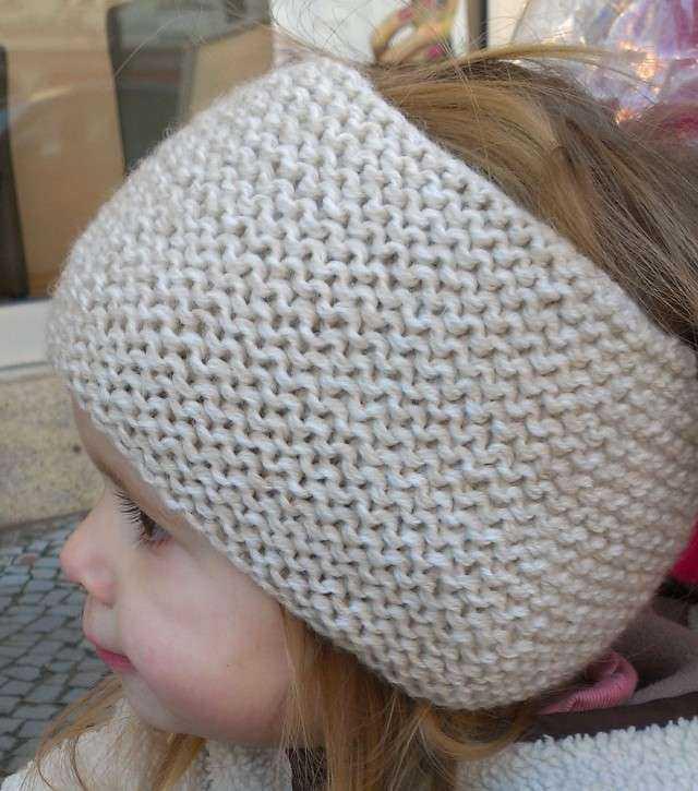 schoenstricken.de | Ohrenwärmer-Schal stricken